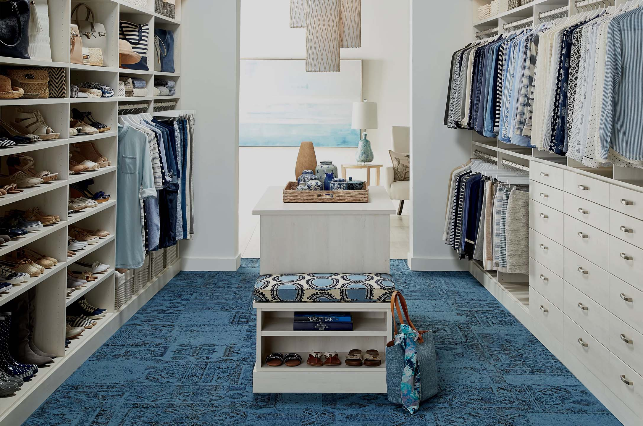 in-home closet organizing service at-home closet organizer professional closet help professional organizer person for my home o-15
